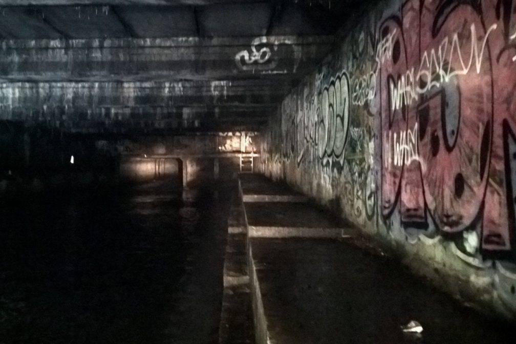 illegal-rave-busted-by-police-newcastle-sewer_4