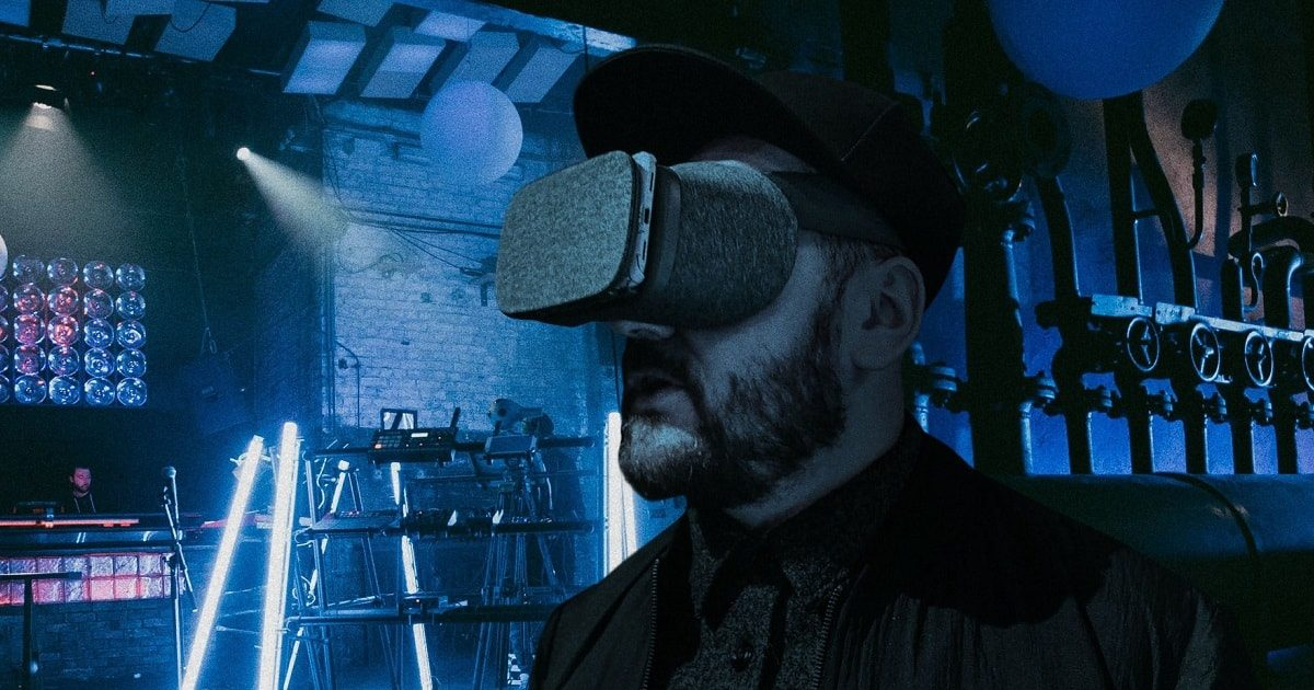 VR-Dancefloors-Techno-in-Berlin_1200x630