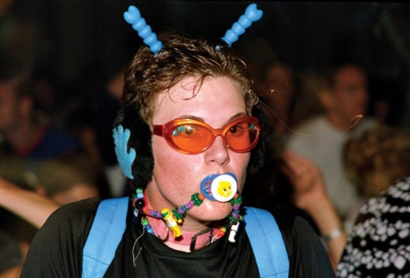 3-90s-rave-fashion-1