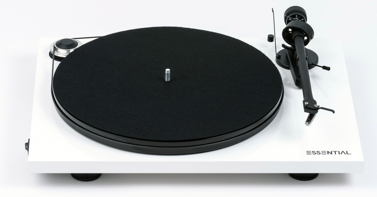 Pro-ject-Essential-III-Turntable-white_1200x630