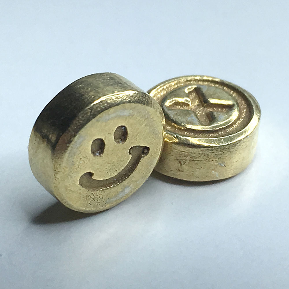 Chemical-X_Gold-Pill-Smiley