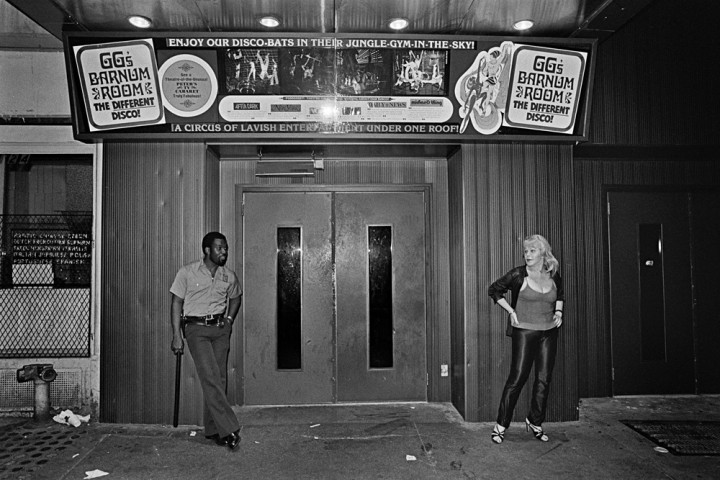 Disco-by-Bill-Bernstein_18_GGÔÇÖs-Barnum-Room-Entrance-1979