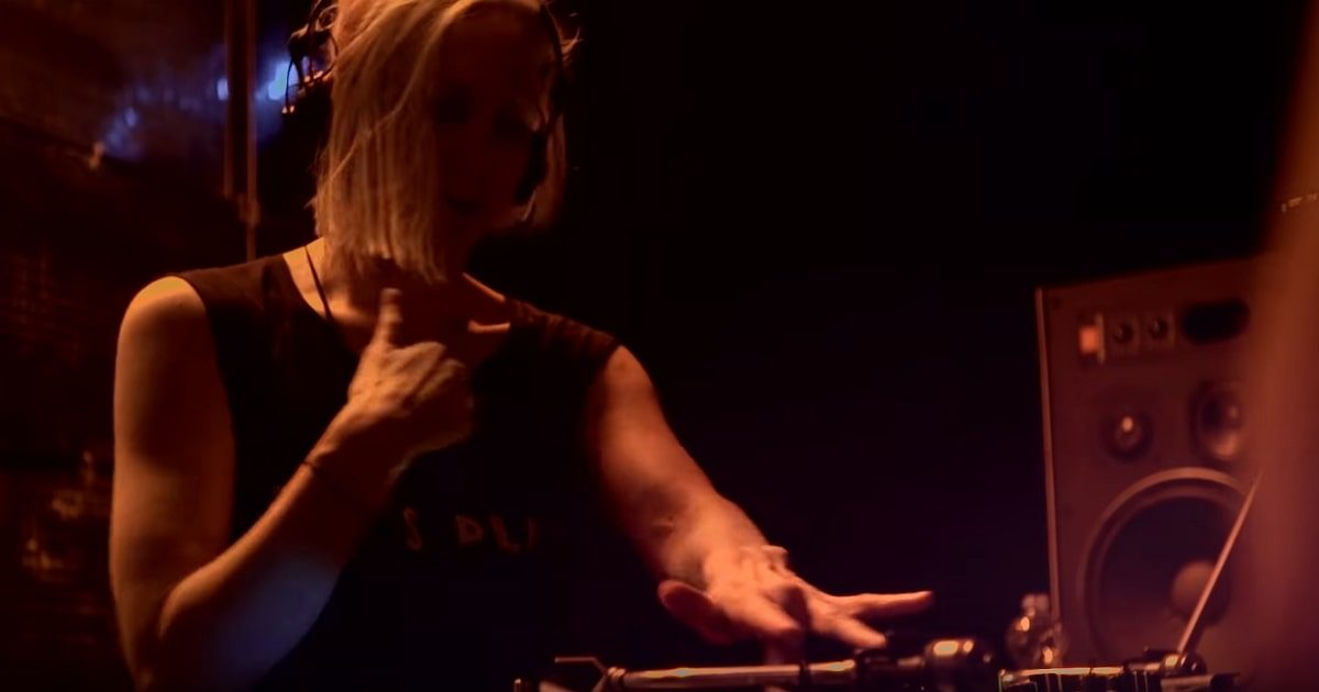 Ellen-Allien_Beyond-the-Turntable-How-Tech-is-Changing-DJing_1200x630